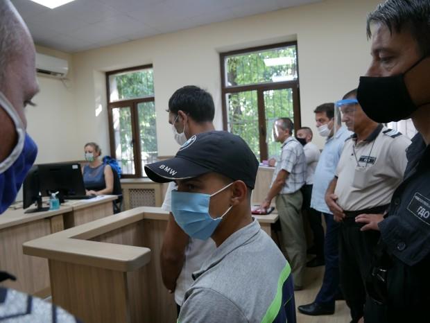 Plovdiv24.bgРомите от село Трилистник 32-годишниятПавел Асенов и 16-годишният Ангел Маринов,