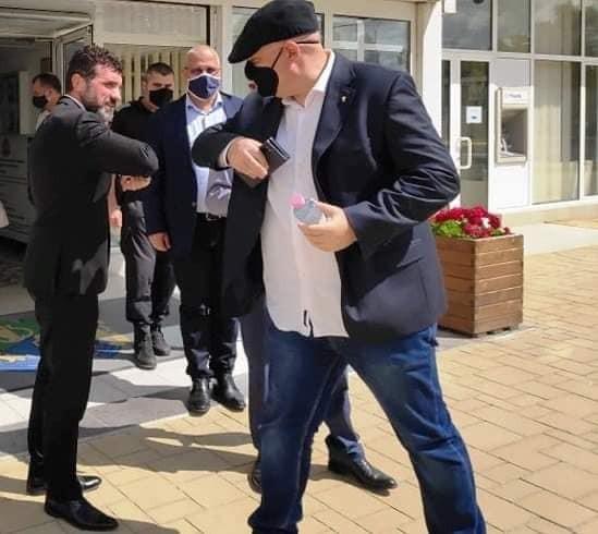 Фейсбук Както Varna24.bg съобщи, днес на посещение в Община Девня