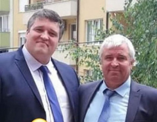 > Д-р Емил Вакльов и д-р Муса Вакльов